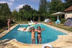 zwembad zijkant